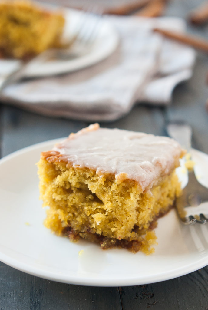 The Best Gluten-Free Cinnamon Roll Cake Recipe